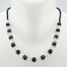 black-and-clear-beaded-necklace-18.jpg